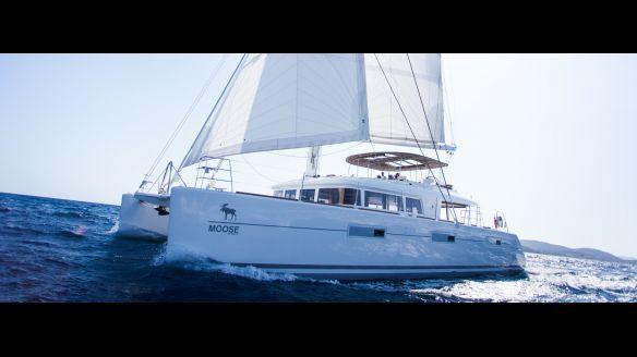 Lagoon 620 avec équipage