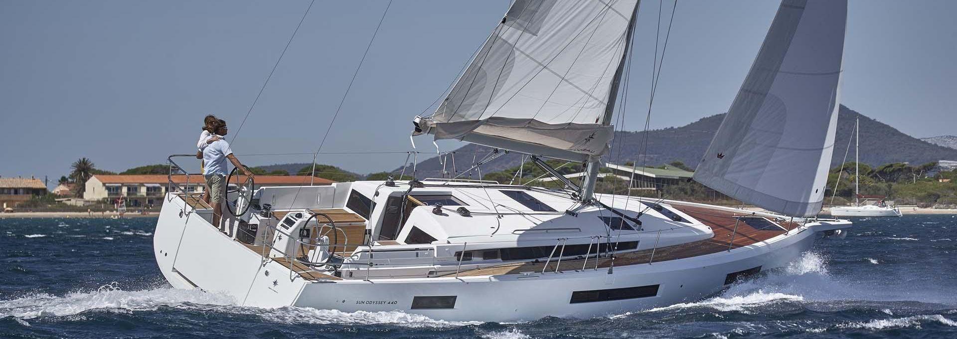 Sun odyssey 440 à louer au départ de Martinique